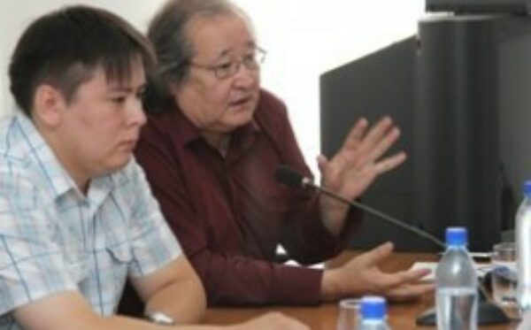 Болата Атабаева и Жанболата Мамая вызывают на допрос в Жанаозен