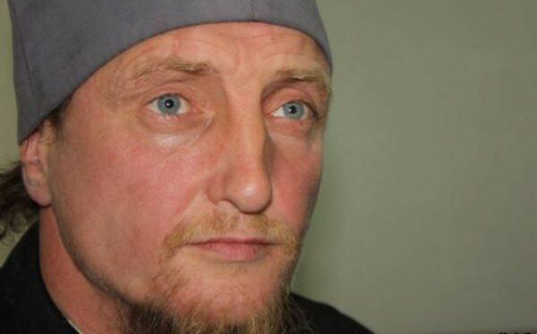 Казахстанские чиновники преследуют отца Софрония и его прихожан