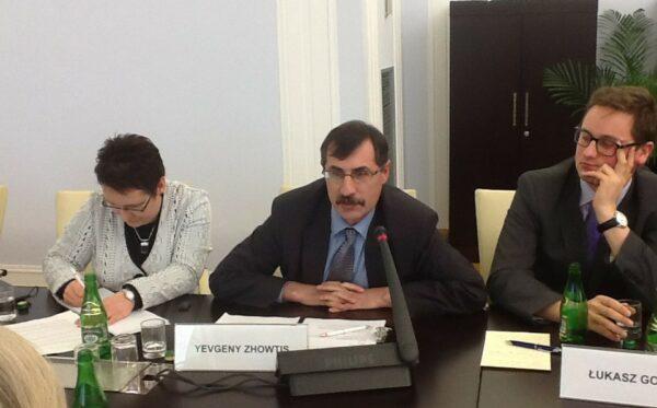 Евгений Жовтис – известный казахстанский защитник прав человека – в Польше