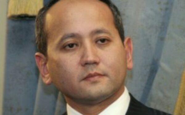 Франция: Защита оппонента правительства Казахстана