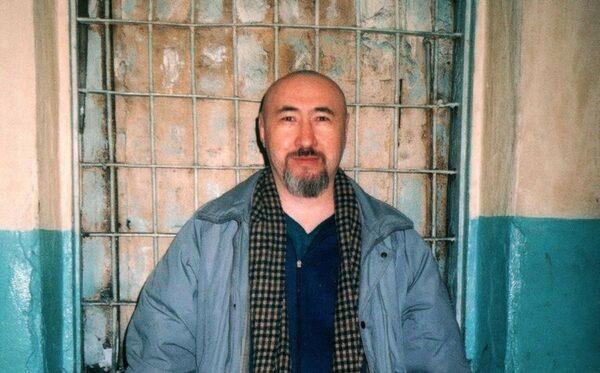 Диссидент Арон Атабек подвергается жестокому обращению в казахстанской тюрьме