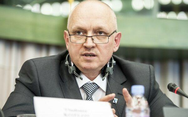 Против Владимира Козлова осуществляются провокации с целью перевода в более суровую колонию. Заключенные подвергаются избиениям