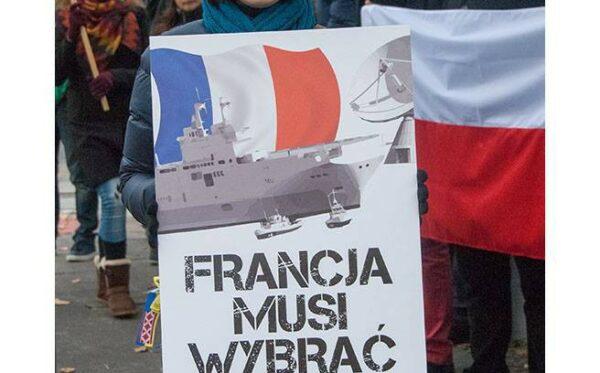 У Министерства национальной обороны мы протестовали против «Мистралей» и французского лицемерия