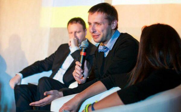 Дискуссия: Повторит ли Евромайдан поражение Оранжевой революции?