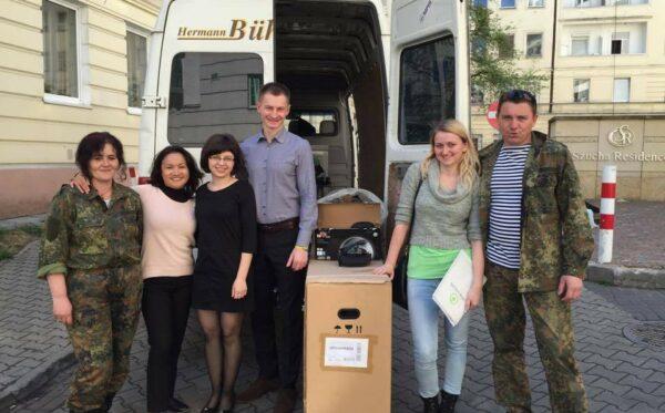 Помощь для солдат и гражданских лиц от Фундации «Открытый Диалог». «Честная Украина» посетила «Украинский мир» и офис Фундации