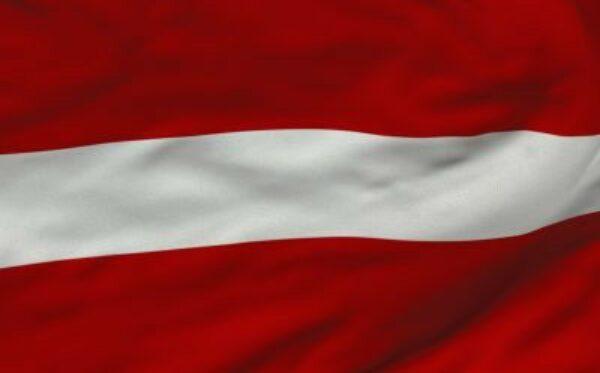 В рамках антироссийских санкций латвийские банки заморозили активы на сумму несколько миллионов евро