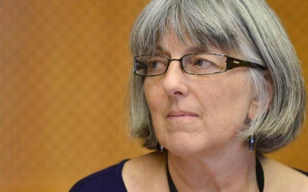 Джулия Уорд призывает тюремное руководство к соблюдению прав заложников Путина