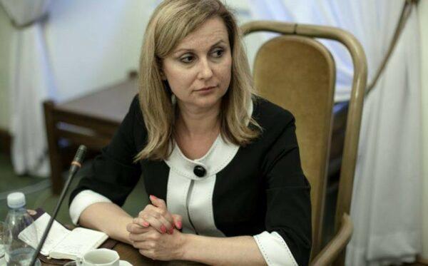 Кристина Зеленкова пытается задержать экстрадицию Наила Малютина