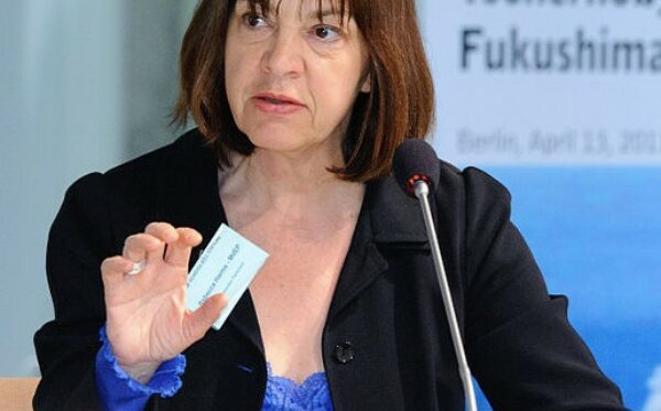 Ребекка Хармс призывает тюремное руководство позволить заложникам Кремля пройти медицинское обследование