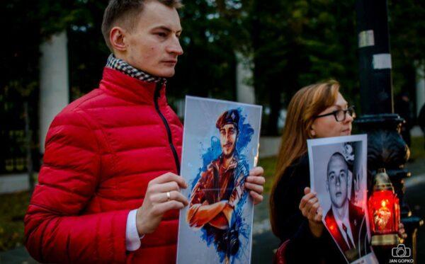 Фундация «Открытый Диалог» на молчаливом протесте в день рождения Путина