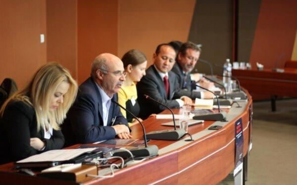 Фундация «Открытый Диалог» обсудила злоупотребление красными уведомлениями Интерпола с участниками заседания ПАСЕ