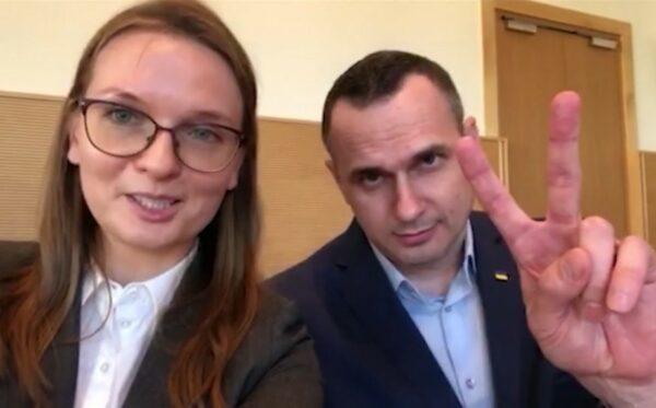 Олег Сенцов приветствует и благодарит поляков