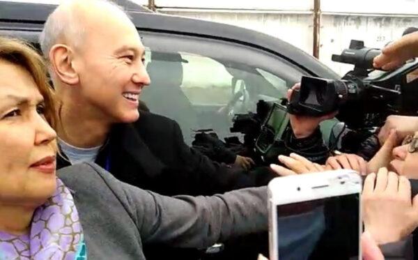 Казахстанский политзаключенный и жертва пыток Мухтар Джакишев освобожден из тюрьмы