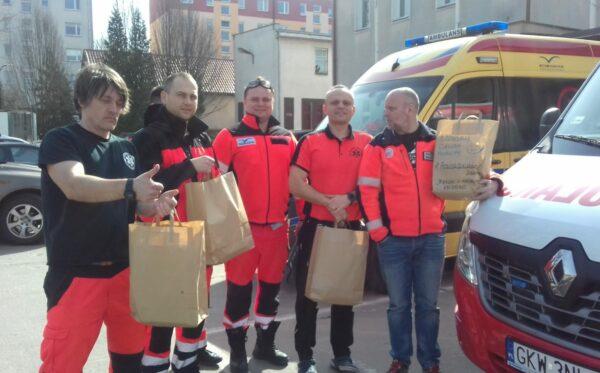 Сбор средств для кампании #PosiłekDlaLekarza превысил полмиллиона злотых!