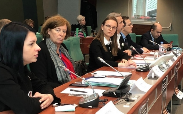 Страсбург: члены ПАСЕ обеспокоены ситуацией с верховенством закона, свободой СМИ и независимостью НПО в Польше